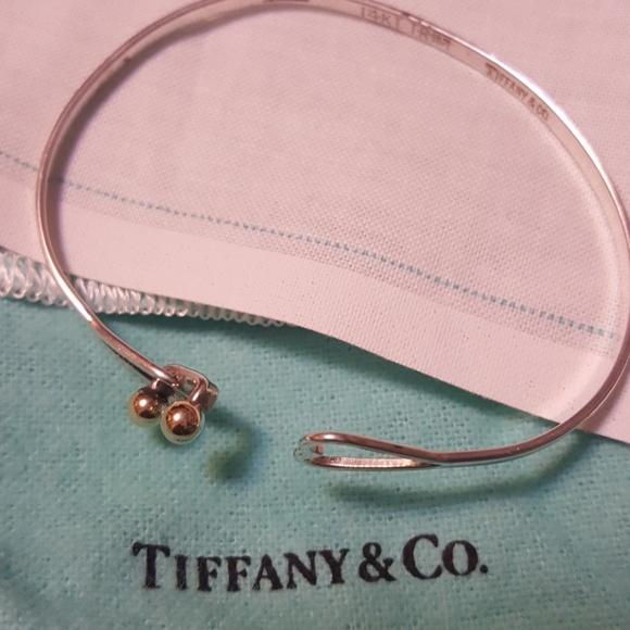 Tiffany & Co. Jewelry - 14 KARAT GOLD, HEARTS,TIFFANY BRACELET
